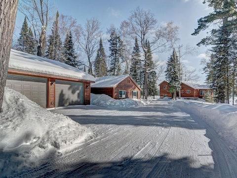 Wolf Bay Lodge on High Lake