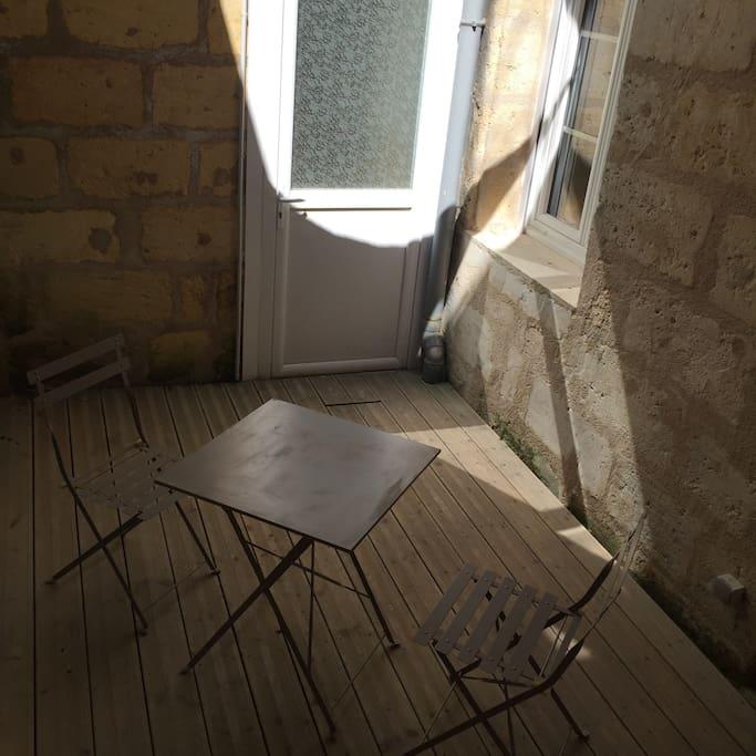 La cour extérieur