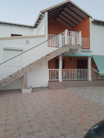 Maison situé  entre mer et campagne