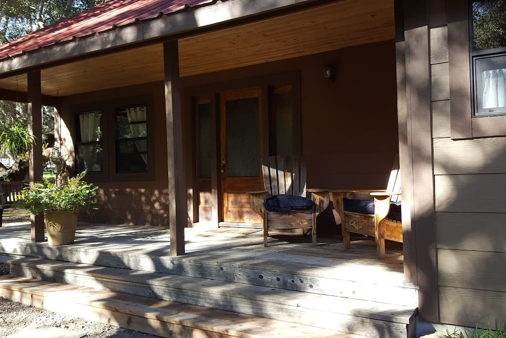 Front of the guest house.