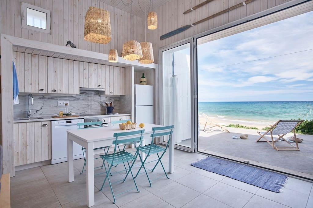 barrac o 23 beach house h user zur miete in pedras. Black Bedroom Furniture Sets. Home Design Ideas