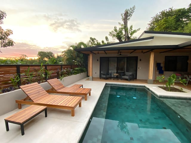 Villa Ladera - Private Hillside Escape