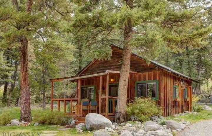 Pine Creek Estate Cabin