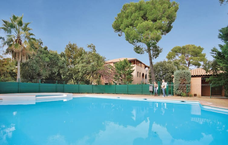 Holiday apartment with 1 room on 28m² in Saint Aygulf