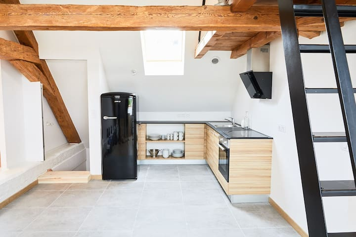 Loft entirely renovated 2km of Annecy and the Lake