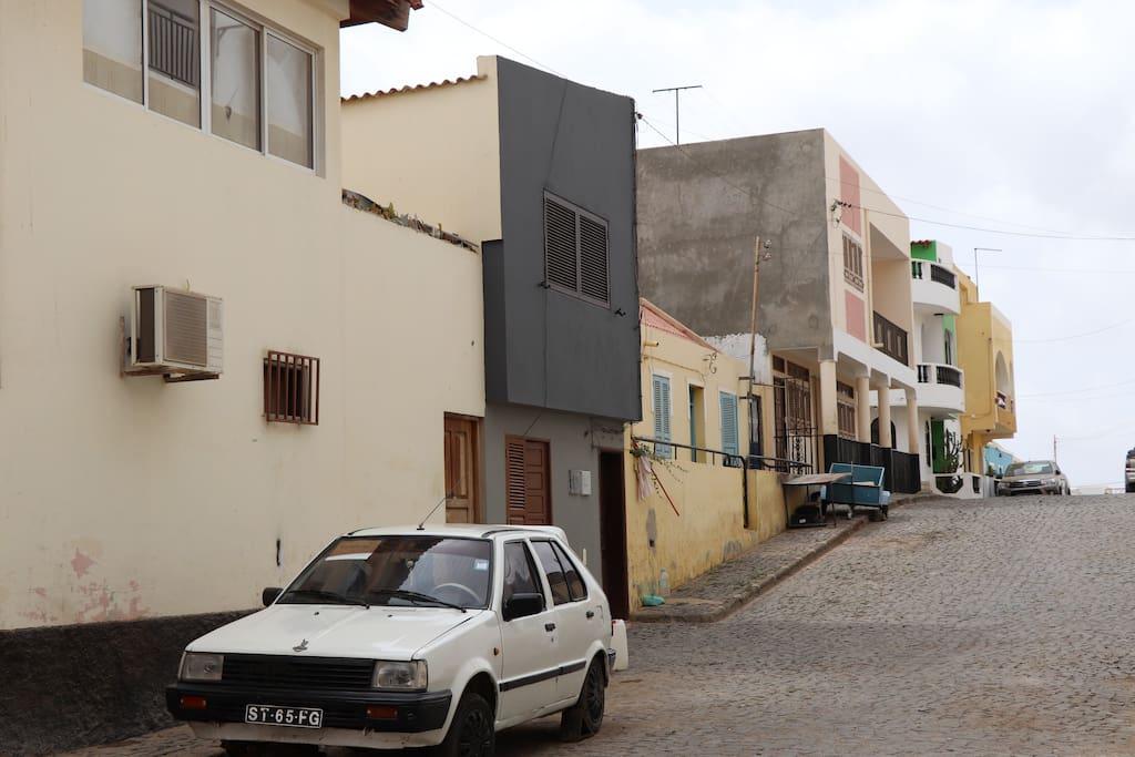Rua onde se situa o apartamento