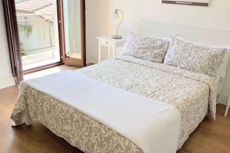 Stylish 1 bedroom apt in Sulmona's historic centre