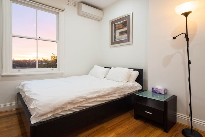 3 Bedrooms Waterview at historic rock(CBD) - Sydney - Talo