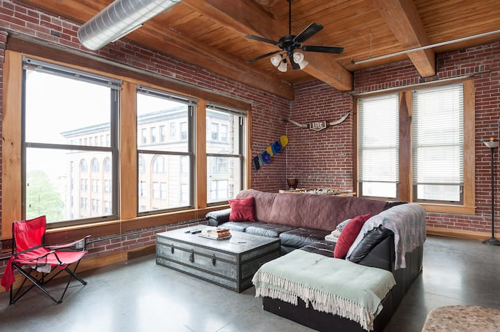 Corner Loft Washington Ave - Downtown STL