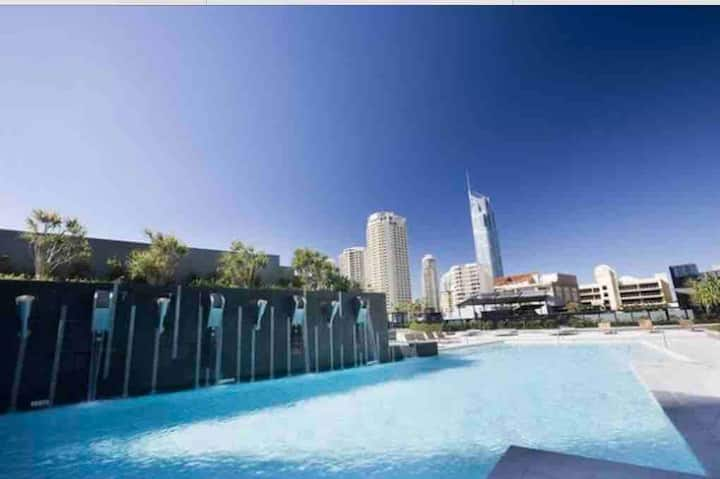3bdm Central Surfers Paradise Circle on Cavill
