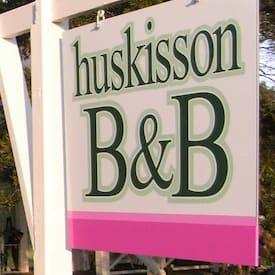 Kate Steve Huskisson BnB's logo