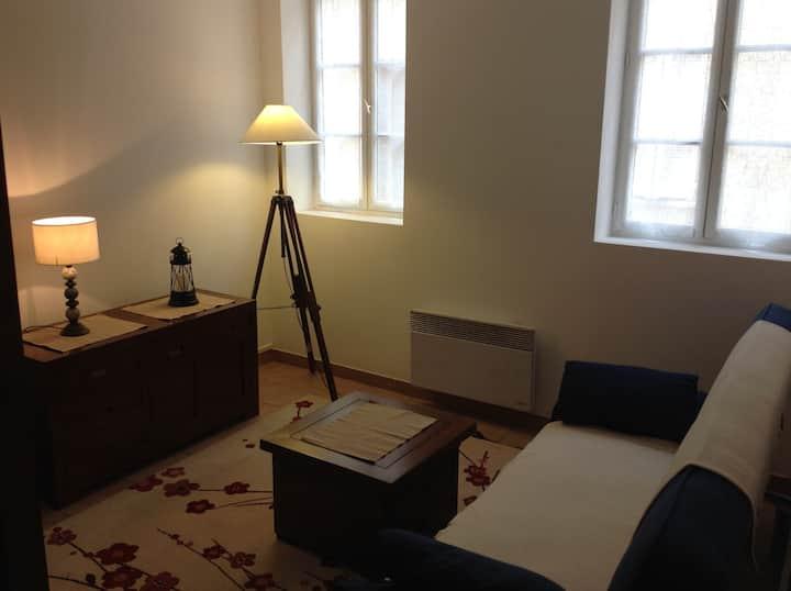 Studio cosy au Panier, mezzanine ambiance bateau