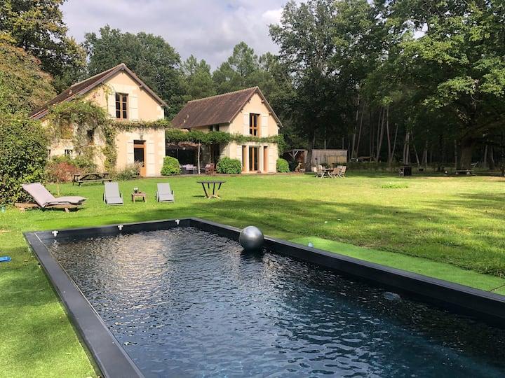 Une maison au milieu des châteaux de la Loire
