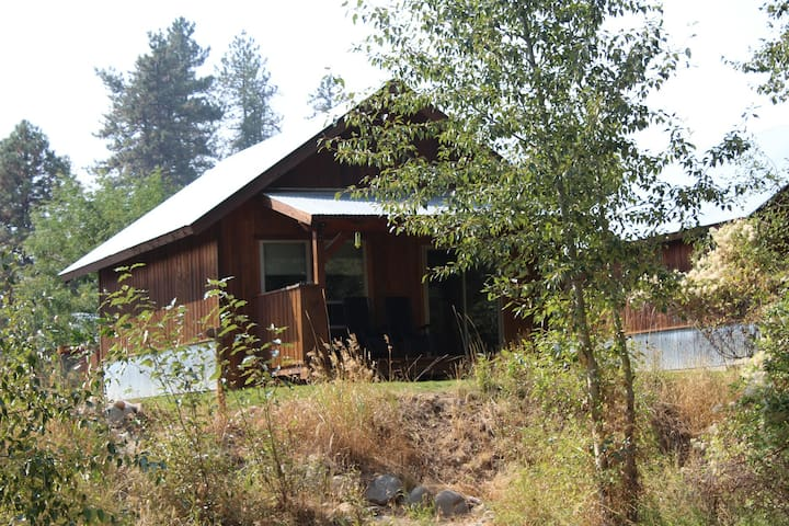 Methow River Lodge - Cabin #2