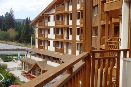 Апартамент в най-известния български курорт