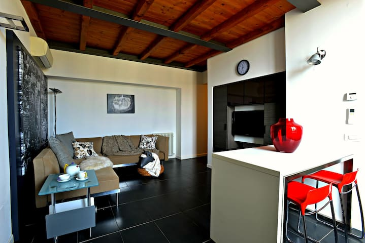 Modern design flat in the heart of Tuscany - Montevarchi - Appartement