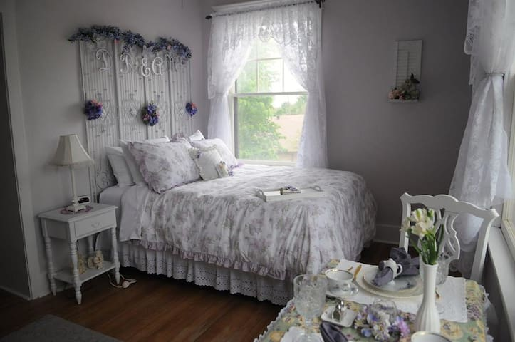 Southard House BnB - Suite Dreams - Enid