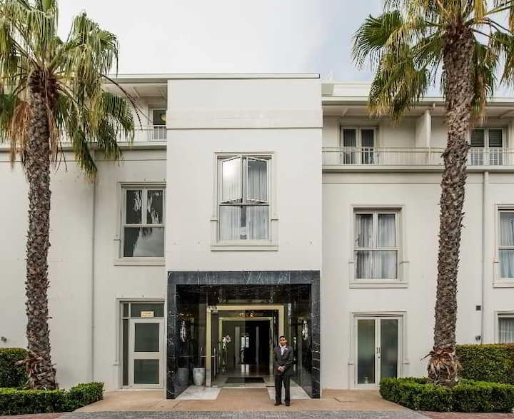 Deluxe Double Or Twin Premium At Cape Town