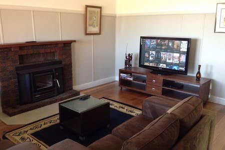 Red Cliffs Retreat with WiFi - Red Cliffs