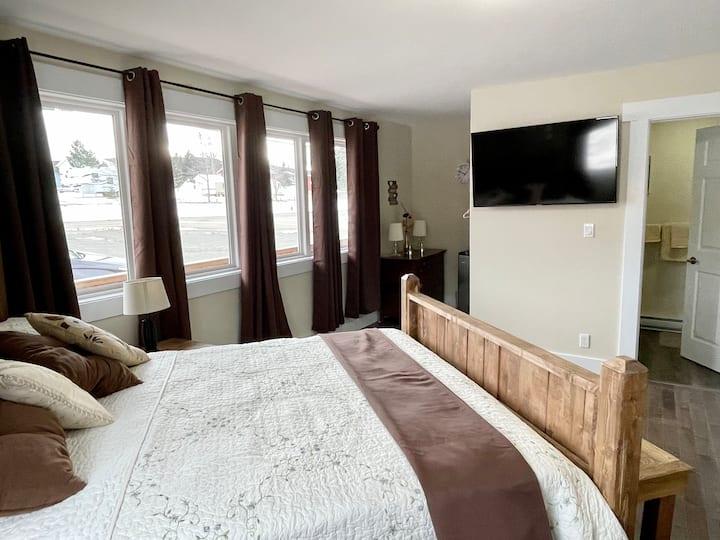 The Trail Way Hub 3 bedroom suite