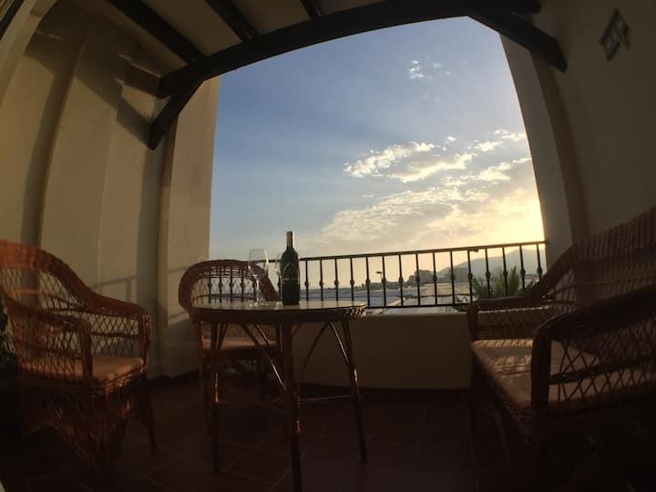 Piso playa Calahonda con terraza