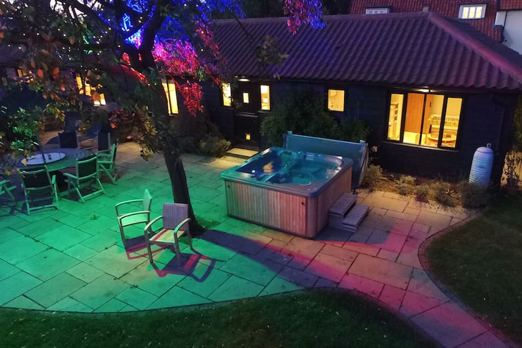 Patio and hot tub in the evening