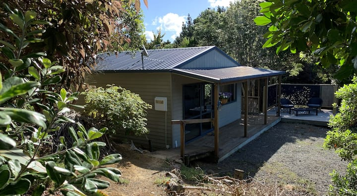 Tui Cottage at Bluewater Sanctuary
