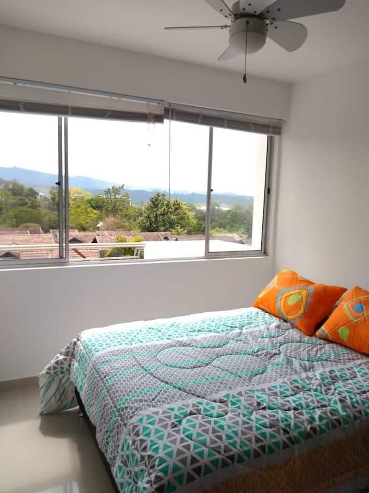 Hermosa Habitación a 3 cuadras de clínica Fosunab