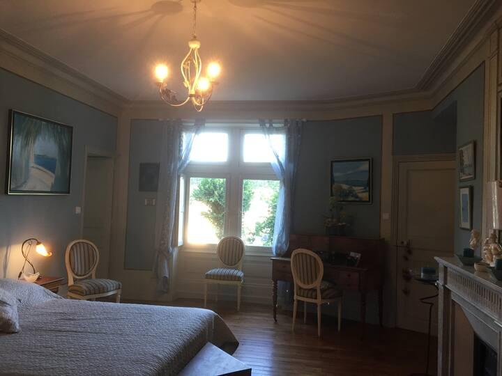 Chambre Hortense du Logis Duplessis