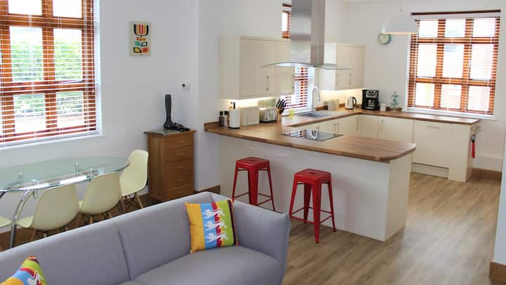 Wheathampstead Place, Ground Floor - Two Bedrooms