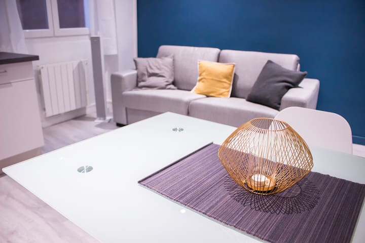 New flat in a trendy district
