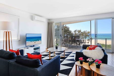 Deluxe Ocean View 2 Bedrooms Apartment - Lowest Nightly Rate Guaranteed