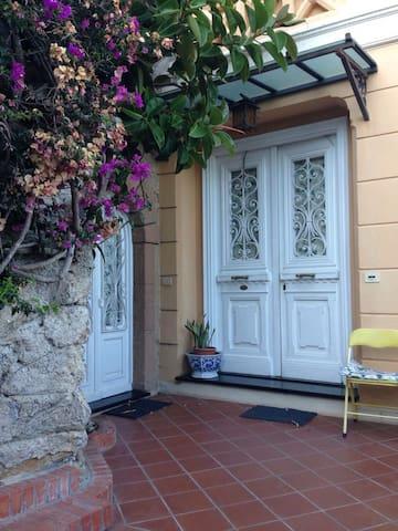 Villa dei Fiori - Alassio - Apartamento