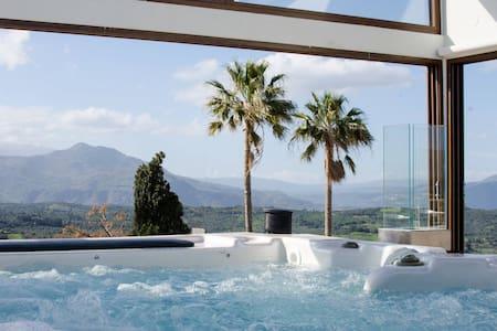 Athina House, jacuzzi roof terrace! - Rethymno