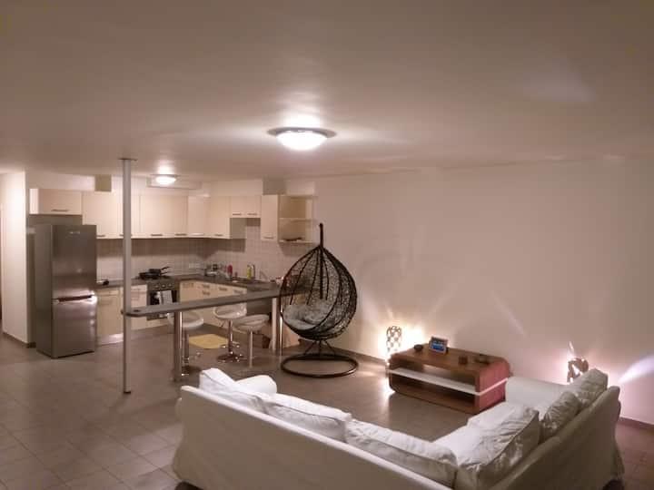 TARAVAO Grand appartement F4 en duplex
