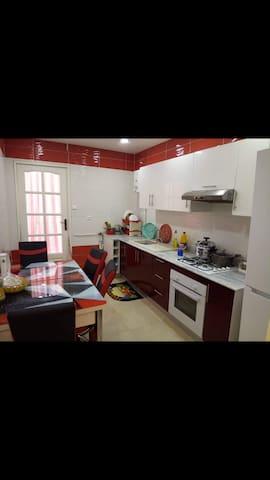 Grand appartement haut standing  a bejaia centre