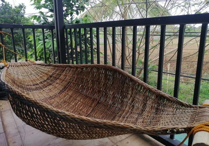 Cozy home near Mabini Shrine & Tanauan Farm Hills