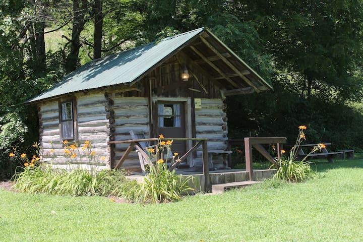 Russ Noah Log Cabin at Crystal Creek Ranch