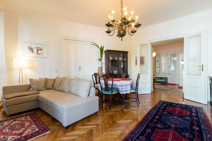 ★High class apartment 95m2★15 min. from the center