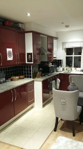 London *Central* Chelsea. 1bedflat.Zone1