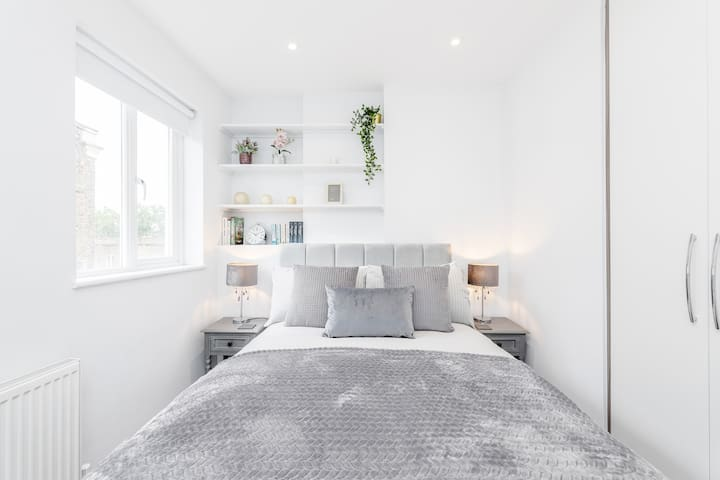 Stunning 2-Bed Notting Hill Portobello Apartment