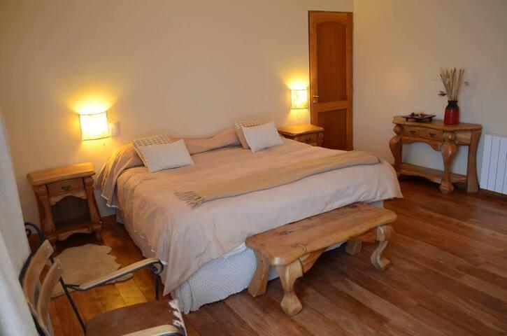 Habitación doble, King Size en Villa Pehuenia, NQN