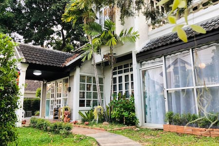 连住优惠maya对面市区中心黄金位置独栋别墅