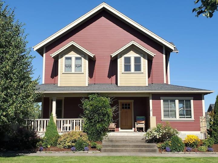 Custom built 3BD/2.5BA home in Oregon wine country