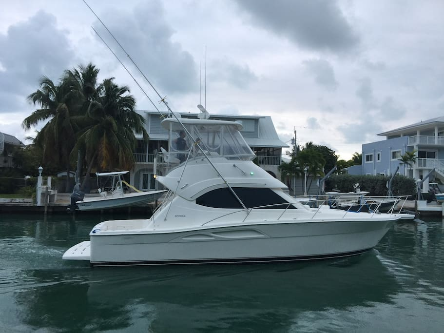 2 bedroom yacht in the water at Islamorada - Boats for ...