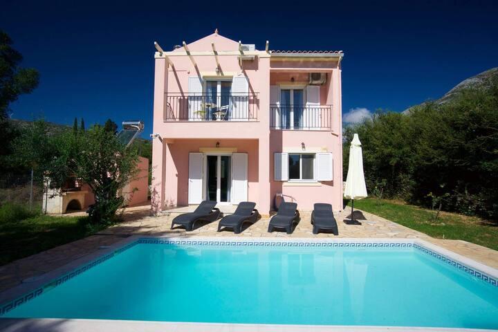 Mo's Place Villa near Agia Efimia