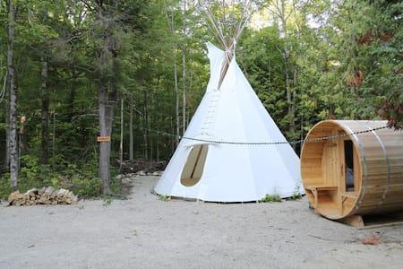 Standing Bear, 4 Season TiPi - Markdale