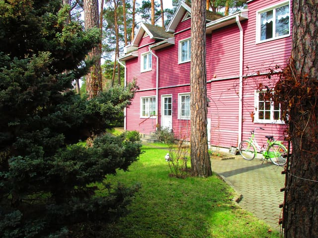 Sunny apartment in a private house - Jūrmala - Hus