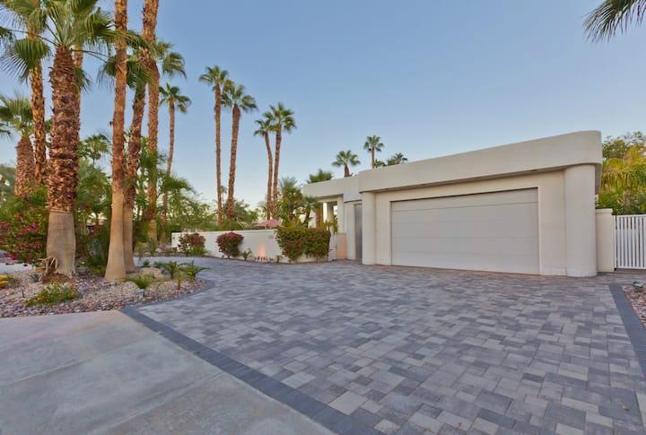 Luxurious Desert Jewel Houses For Rent In Rancho Mirage California United States