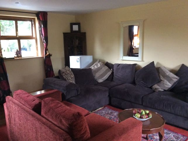 Lovely 2 bed self catering apt in Ballyhannon - Quin - Rumah Tamu